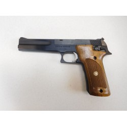 Smith and Wesson Model 422